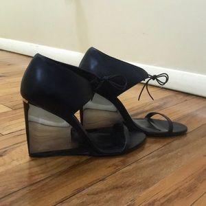 Burberry Wedge Heels-Offers Welcome